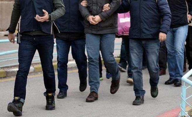 FETÖ'den aranan ve Eskişehir'de yakalanan 8 kişiden 4'ü tutuklandı
