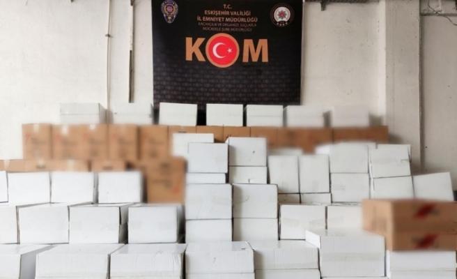 Eskişehir'de 3 milyon 330 bin adet kaçak makaron ele geçirildi