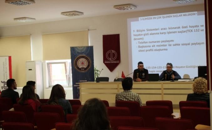 'Bilgi Yazar' projesiyle öğrencilere siber suçlar anlatıldı