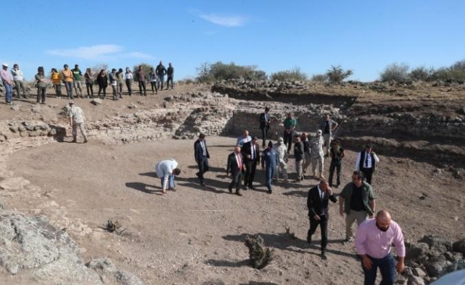 Karacahisar Kalesi'nde kazı çalışmaları yeniden başladı