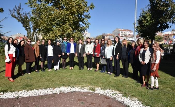 Prof. Dr. Günay, ''Şehrin seçilmiş kadınları ile bugün bir araya geldi''