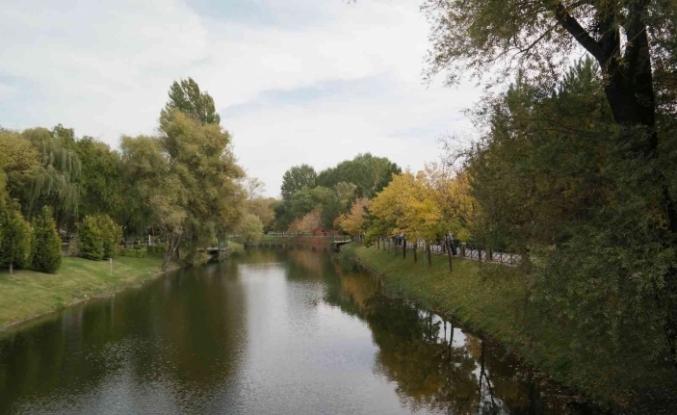 Eskişehir'de hayranlık uyandıran sonbahar manzaraları