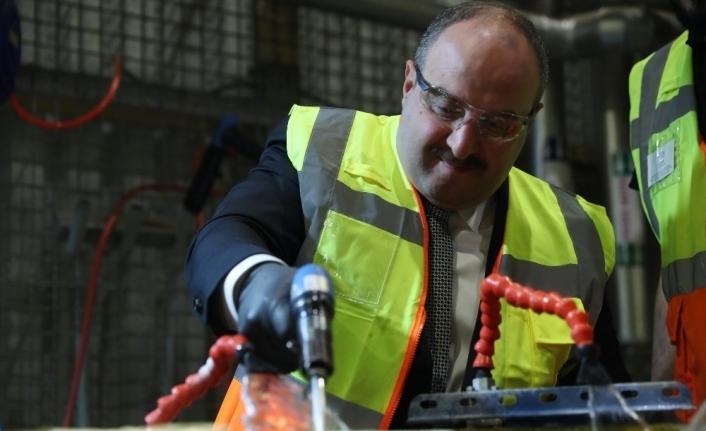 Sanayi ve Teknoloji Bakanı Varank, Eskişehir'de