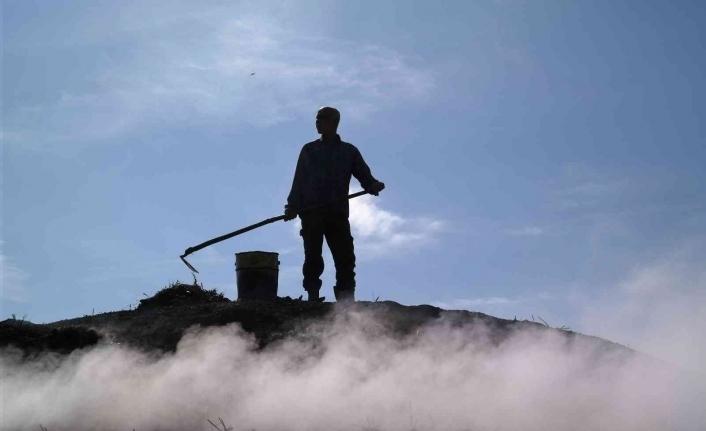 Mangal kömürü işçilerinin bin 400 rakımdaki zorlu mesaisi